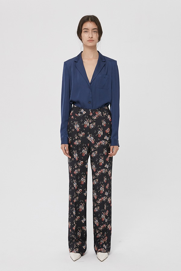 [20FW] BLACK FLOWER PRINT STRAIGHT-LEG TROUSERS (JTJS111)